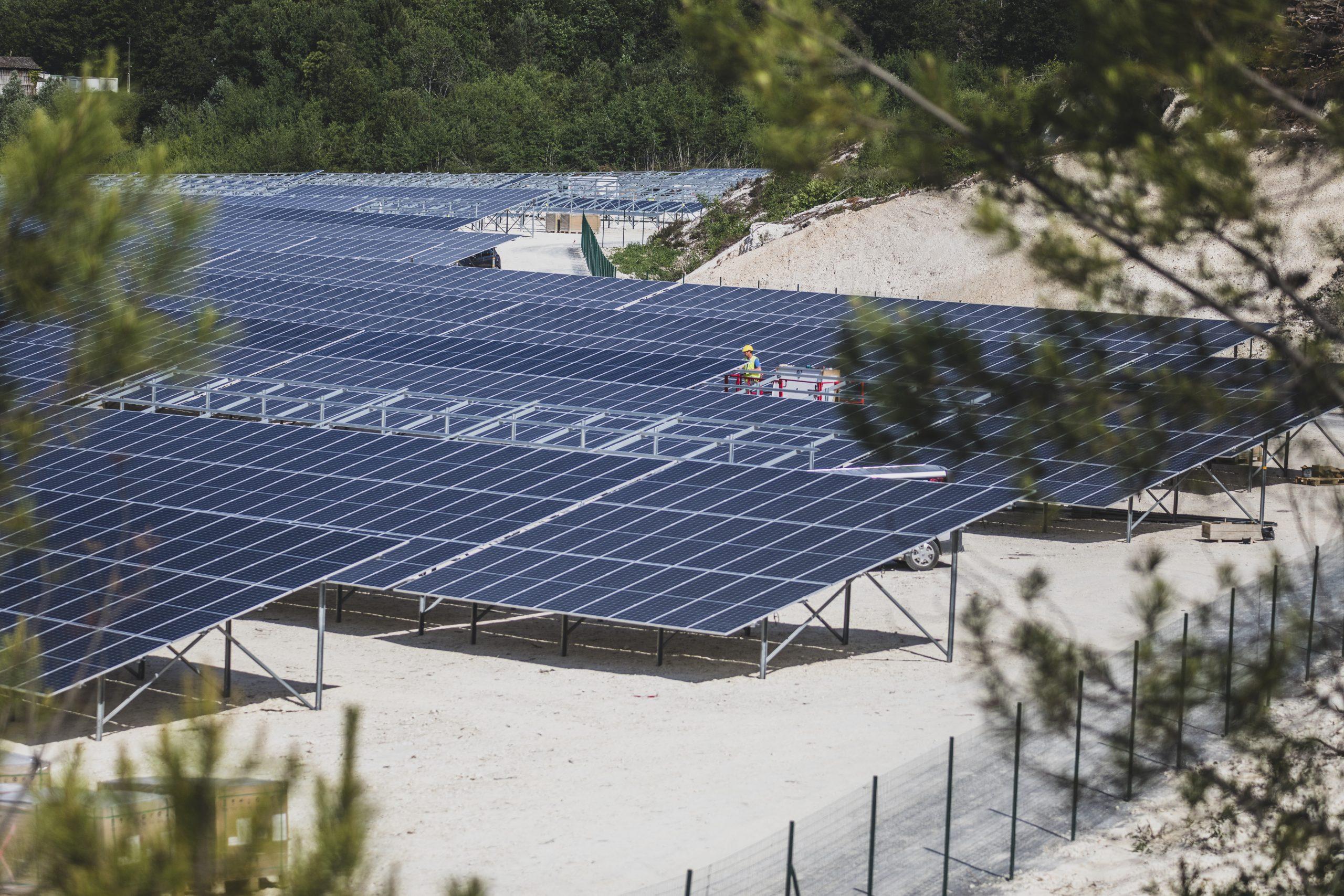 Paulmy-solar-power-plant-degraded-land-quarry-clay
